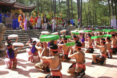 den tho vua hung - Điểm hẹn văn hóa truyền thống