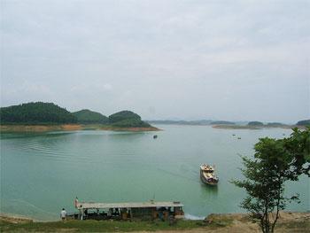 dong song chay - Đến Lào Cai khám phá dòng sông Chảy