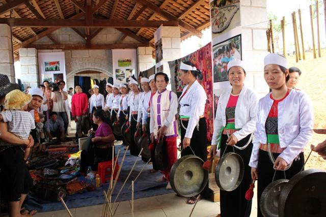 le hoi muong hoa binh - Yên Bái nỗ lực bảo tồn văn hóa dân gian