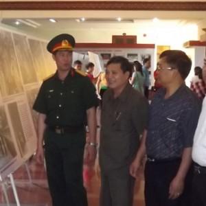 trien lam anh dien bien 300x300 - Nhiều hoạt động kỷ niệm 60 năm chiến thắng Điện Biên Phủ