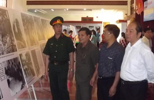 trien lam anh dien bien - Triển lãm ảnh Điện Biên – Trang sử hào hùng