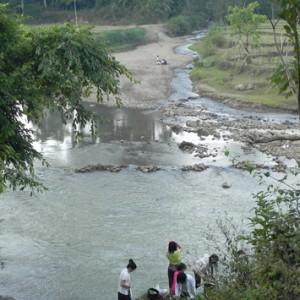 van hoa nguoi lu 300x300 - Đến Lào Cai khám phá dòng sông Chảy